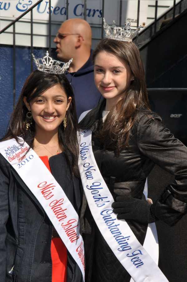 Miss Shelley Jain Miss Staten Island's Outstanding Teen and Miss Kara Kowalski Miss New York State's Outstanding Teen