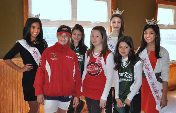 Some of the softball girls stop by to take a picture with Kara Kowalski Miss New York's Outstading Teen, Jennifer Sacco Miss Staten Island and Miss Shelley Jain Miss Staten Island's Outstanding Teen.