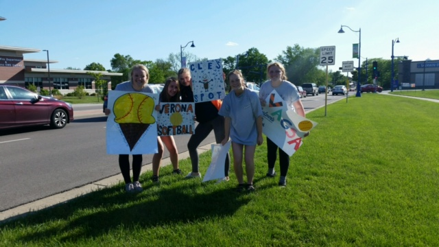 The girls working hard to promote VAGSA night at Culvers!
