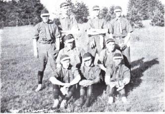 (Photo) An Everett Ball Team about 1916