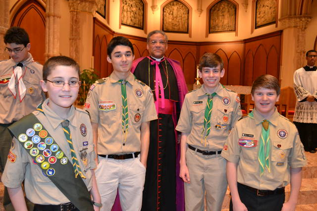 T318 Religious Medal Ceremony