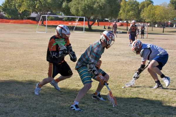 Riley Baehr '09 & Matt Prausa '09 execute a Man/Ball