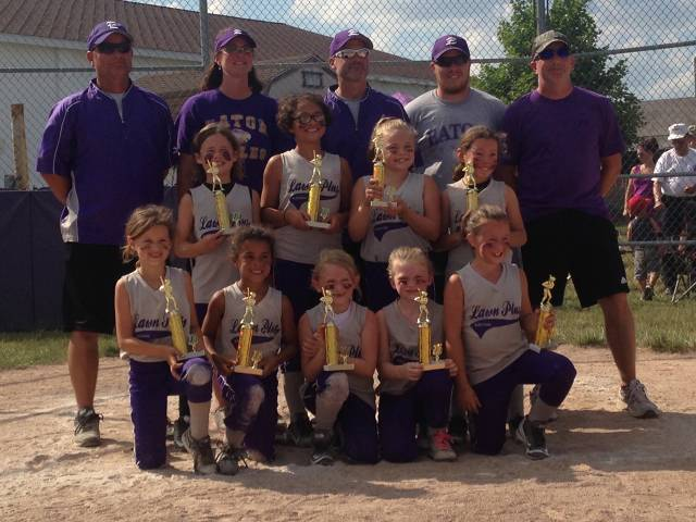 Eaton Gray 8U softball
