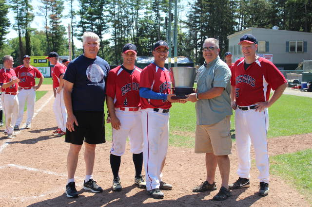 NHBL President Tom Walker, Nate Noyes (#4), Ken Proulx (#11), Braves Manager of the 2015 NHBL Champions Mike Moore and Steve Tempesta (#5)