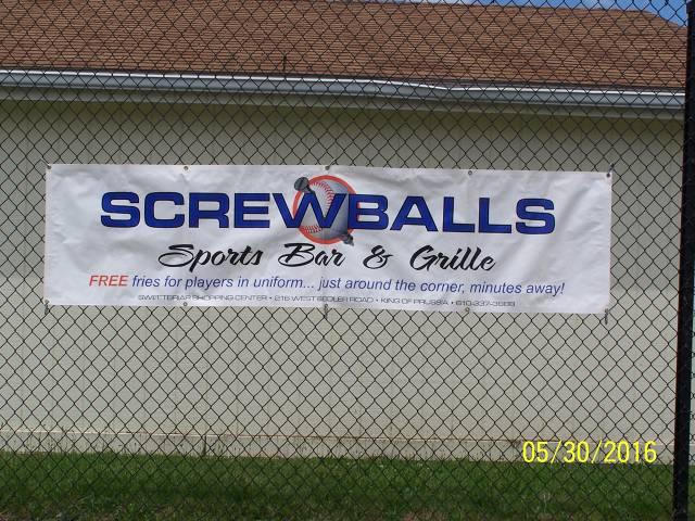 http://screwballsbarandgrille.com